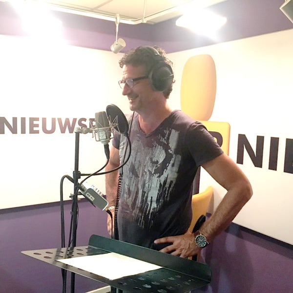 Mark Boskamp in de BNR studio
